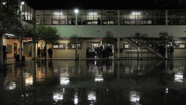 La escuela contra el margen de Lisandro González Ursi y DiegoCarabelli