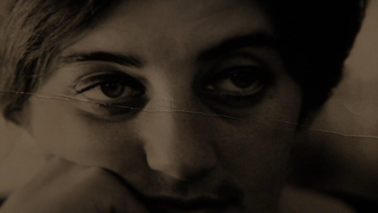 Las poetas visitan a Juana Bignozzi de Laura Citarella y Mercedes Halfon